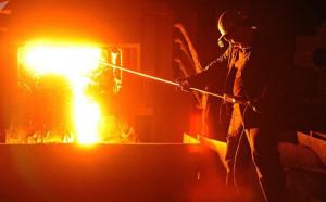 """Mỹ """"ngậm ngùi"""" thừa nhận nền kinh tế Nga quá lớn để trừng phạt kiểu Iran, Triều Tiên"""