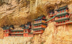 Khám phá ngôi chùa treo huyền bí ngàn năm tuổi ở Trung Quốc