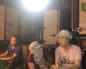 """""""Cô gái vàng VTV"""" kể chuyện tác nghiệp ám ảnh về nạn bảo kê chợ Long Biên"""