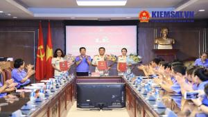 Công bố và trao quyết định bổ nhiệm các chức vụ lãnh đạo cấp Phòng